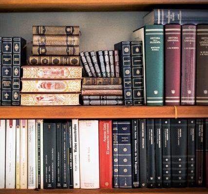 Conheça os 100 melhores livros do século XXI escolhidos por grupo de críticos